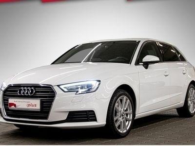 gebraucht Audi A3 Sportback Sport 1.6 TDI Navi Xenon Klima Sitzh. PDC