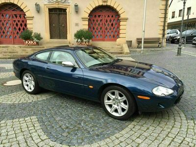 gebraucht Jaguar XK8 4.0 V8 Coupe KLIMAAUT+LEDER+ALU 18 Zoll