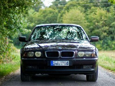 gebraucht BMW 728 i Schalter, rostfrei!