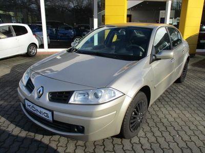 gebraucht Renault Mégane 4-Türer Privilege 1.6