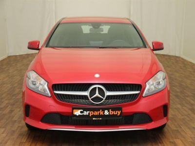 gebraucht Mercedes A180 Urban|Navi|Kamera|SHZG|Sportsitze