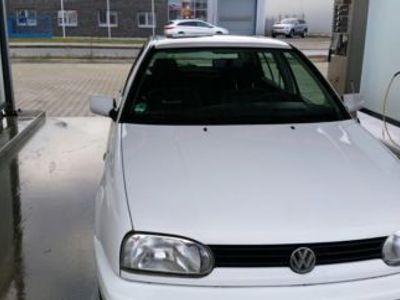 gebraucht VW Golf lll Family in weiß
