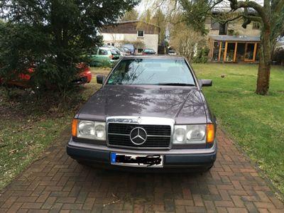 gebraucht Mercedes 230 CE, TÜV NEU