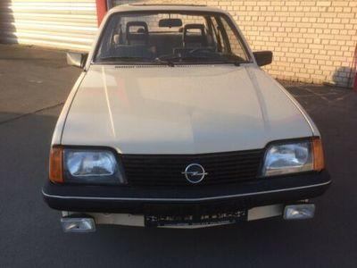 used Opel Ascona 1.6