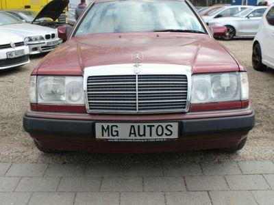 używany Mercedes 230 CE /Leder/Klima/Km Original/Neu Tüv/S.Heizg,