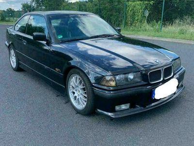 gebraucht BMW 328 i Coupe M-Paket ab Werk *2 Hand*sch... als Sportwagen/Coupé in Recklinghausen
