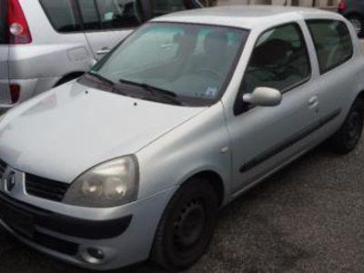gebraucht Renault Clio 1.5 dCi TÜV 03/18 Motorgeräusche
