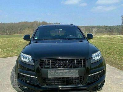 gebraucht Audi Q7 SUV, Vollausstattung, Soundsystem... als SUV/Geländewagen/Pickup in Gera