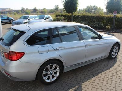 gebraucht BMW 328 i Touring Navi/Bi-Xenon/SHZ/PDC
