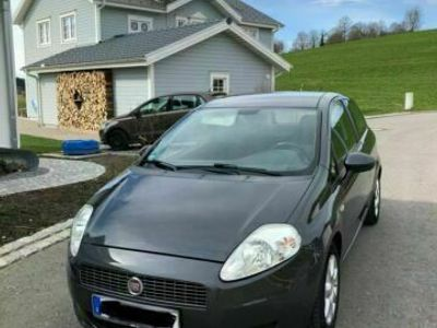 gebraucht Fiat Punto // 2009 // 1.4 // TÜV bis 04.2022
