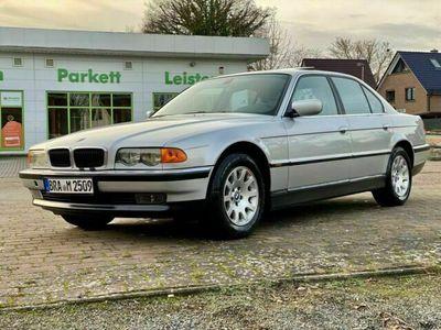 gebraucht BMW 735 iA 2. Hand sehr gepflegtes Fahrzeug Original Zustand !!!