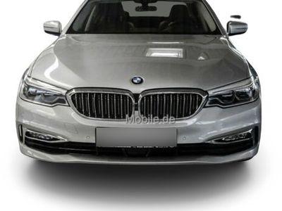 """gebraucht BMW 540 540xDrive Luxury Line DrAss+ B&W 19""""LM Glasda"""