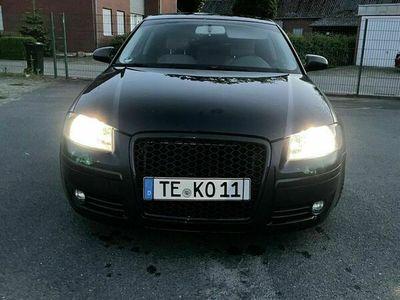 gebraucht Audi A3 mit Auspuffanlage