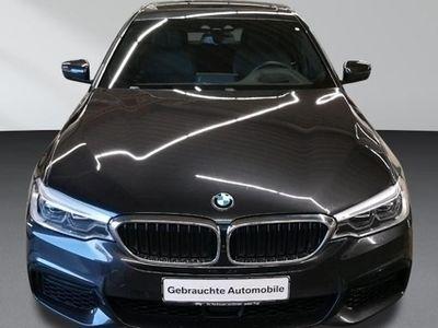 gebraucht BMW 530 d xDrive M Sport Navi Head UpTempom.aktiv Glasdach LED