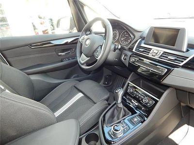 gebraucht BMW 218 Gran Tourer d Sport Line Navi LED AHK PDC