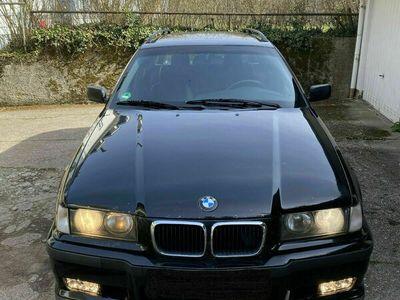 """gebraucht BMW 328 i Touring, M-Paket, Sportfahrwerk, 18"""" Klima"""