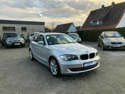 gebraucht BMW 120 Coupé 1 Lim. i *WENIG KM *1.HAND *8-FACH BEREIFT als Sportwagen/ in Niedersachsen - Sulingen