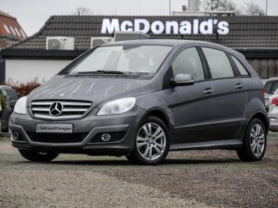 gebraucht Mercedes B180 CDIXenon/PDC/Klima/ALU/SHZ/AHK