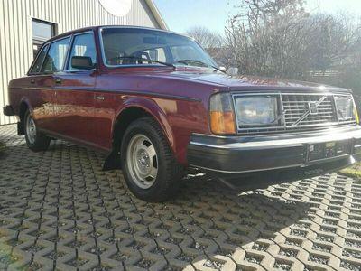 gebraucht Volvo 244 1.Hand, org. 70500km, Erstlack, TOP als Limousine in Pronstorf