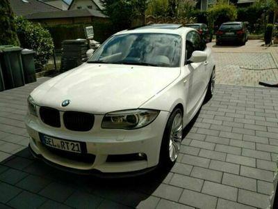 gebraucht BMW 120 Coupé 1er Coupe d, M-Paket als Sportwagen/ in Rheurdt