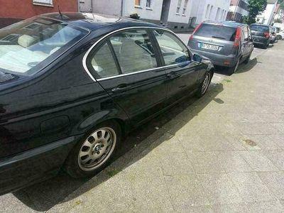 gebraucht BMW 328 i e46