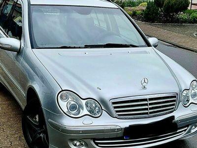 gebraucht Mercedes C320 T CDI 7G-TRONIC Elegance