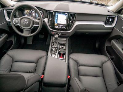 gebraucht Volvo XC60 D4 Momentum Pro LEDER KAMERA NAVI LED W-LAN