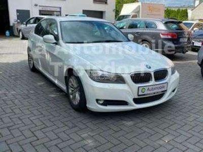 gebraucht BMW 325 i *NAVI *LEDER *AUTOMATIK *24.700km