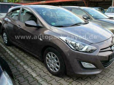 gebraucht Hyundai i30 1.6 * 1.HAND * 79'000 KM * KLIMA * SCHECKHEF