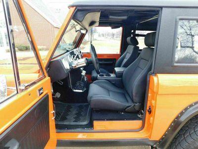 gebraucht Ford Bronco 4 WHL DISC AC PS TILT NAVIGATION als SUV/Geländewagen/Pickup in Fürth