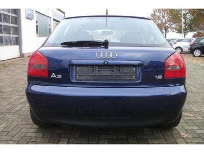 gebraucht Audi A3 Lim. Attraction 1,6 74kW Klimaautom.17''Alufelgen