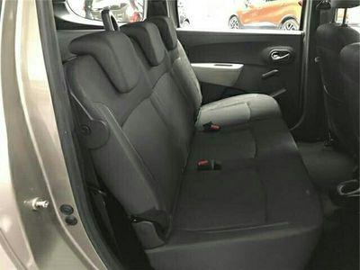 käytetty Dacia Lodgy 1.6 MPI 85