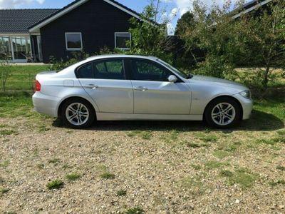 gebraucht BMW 320 i, Silber metallic