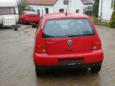 gebraucht VW Lupo Verkaufe einen VWTÜV hat er bis Mai...