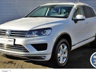 usado VW Touareg 3.0 TDI V6 *Luftfederung*AHK*Navi*PDC*