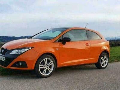 gebraucht Seat Ibiza 6J Orange Benzin 1,4l TÜV + Kun...