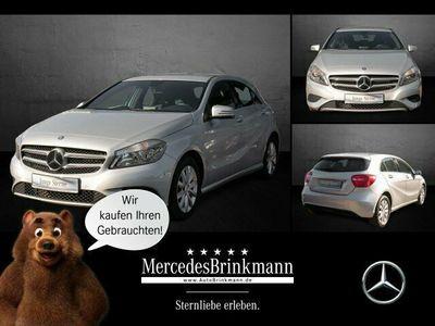 gebraucht Mercedes A180 BlueEFFICIENCY Style/Navi/SHZ/Parktr./BC
