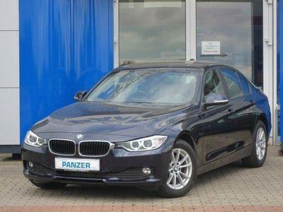 gebraucht BMW 320 D LIM. XENON|NAVI|SHZ|PDC|BLUETOOTH