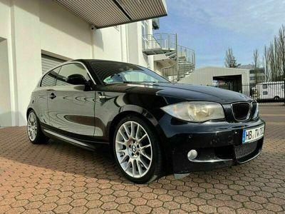 gebraucht BMW 118 Coupé Top 1er i LSE M-Paket E81 18 Langs... als Sportwagen/ in Peterswerder