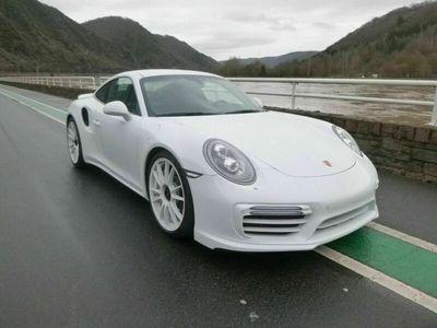 gebraucht Porsche 991 Turbo S Coupé als Sportwagen/Coupé in Treis-Karden