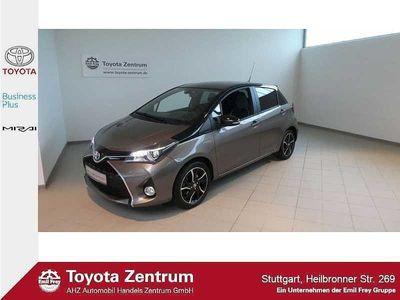 used Toyota Yaris Hybrid 1.5 VVT-i Style grey / Tempomat