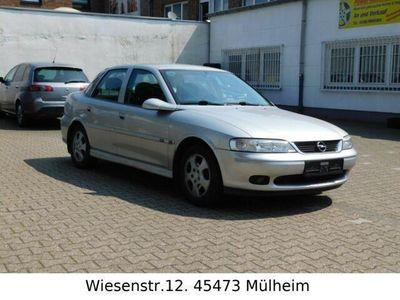 gebraucht Opel Vectra B 1,6 Lim. Edition 100/TUV.10.2020/Klima/