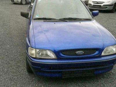 gebraucht Ford Escort Cabriolet Sport 1.6 in Blau aus 1995