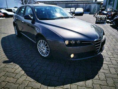 gebraucht Alfa Romeo 159 mit HU bis 11 2021