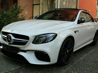 gebraucht Mercedes E63S AMG 4MATIC+ Autom. Pan/Perf/Dist/360°/HUD