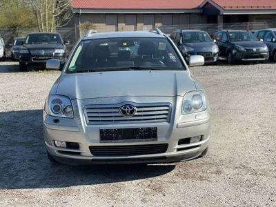 gebraucht Toyota Avensis 2.0 VVT-i Combi Automatik Executive
