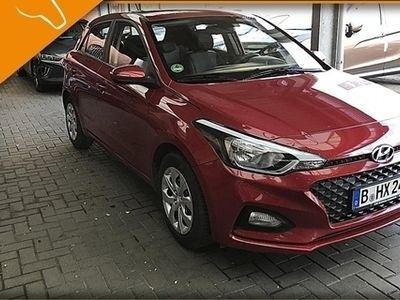 gebraucht Hyundai i20 FL 1.2 Benzin MT 84PS Select Funktionsp. Alu