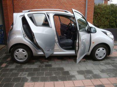 gebraucht Chevrolet Spark 1.2 NAVI. Klima Sitzheizung 82PS! 8 Reifen