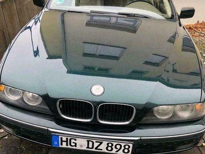gebraucht BMW 528 E39 i mit LPG prins als Limousine in Neu-Anspach