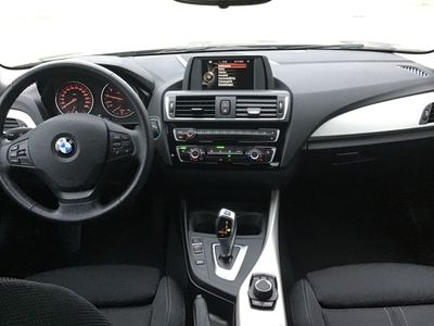 gebraucht BMW 120 i Advantage 18-Zoll Alu Sportsitze Sitzheizung HiFi PDCv+h